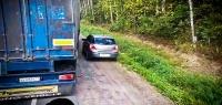 Как дальнобойщики поступают с хамами на дорогах